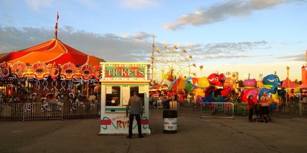 carnival-2570021_1280